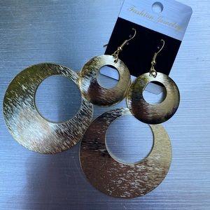 Gold hoop dangle earrings